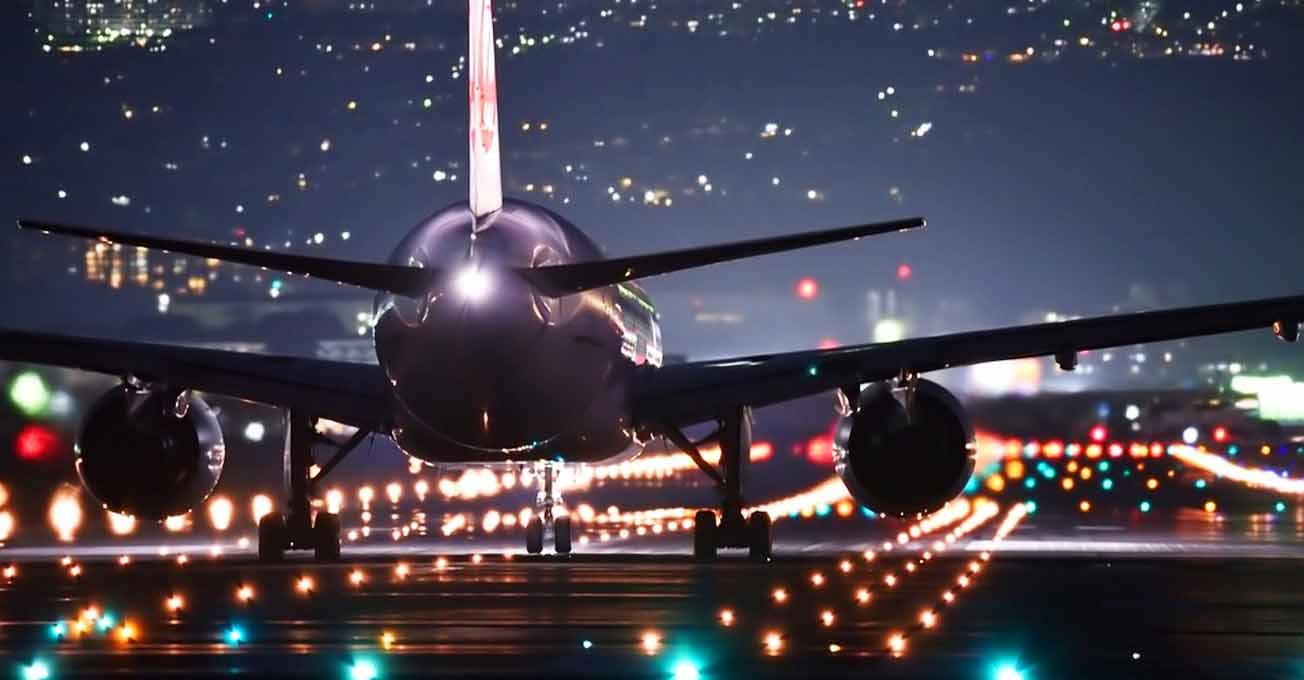 airplaneatnight.jpg (63.39 Kb)