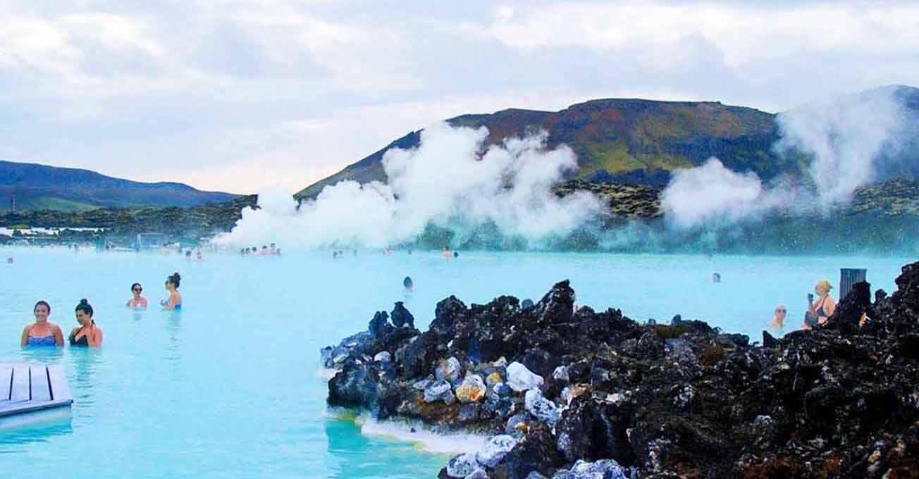 blue_lagoon_in_iceland.jpg (71.95 Kb)