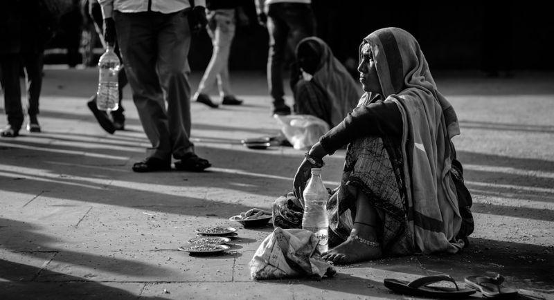 Все про життя бездомних в різних країнах