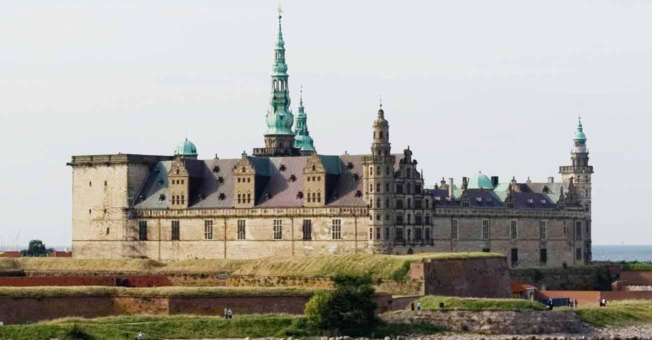 Найкрасивіші казкові замки Європи