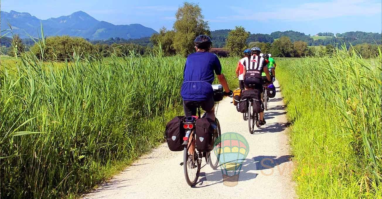 cyclinggroupmontain.jpg (198.84 Kb)