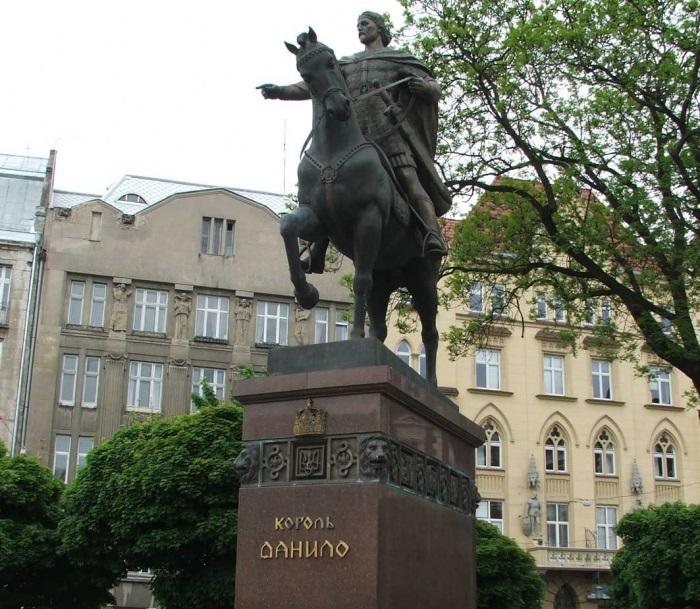 danilovi_galickomu.jpg (182.46 Kb)