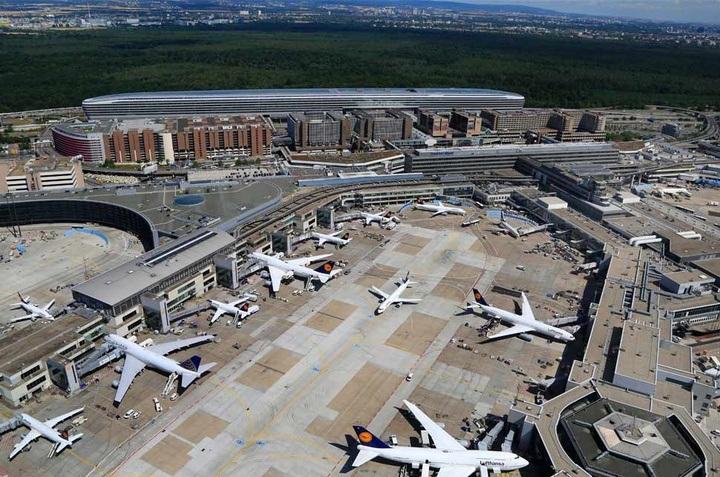 15 січня - страйк в німецьких аеропортах