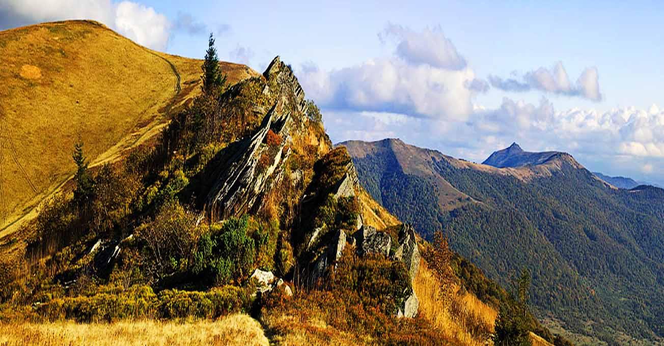 Гора Пікуй — мальовничий куточок Карпат