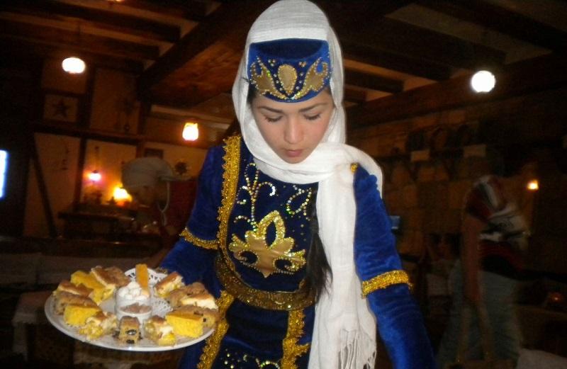 krimski_tatari_vesillya.jpg (118.72 Kb)