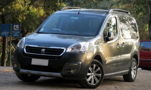 Сфери використання автомобілів Peugeot Partner