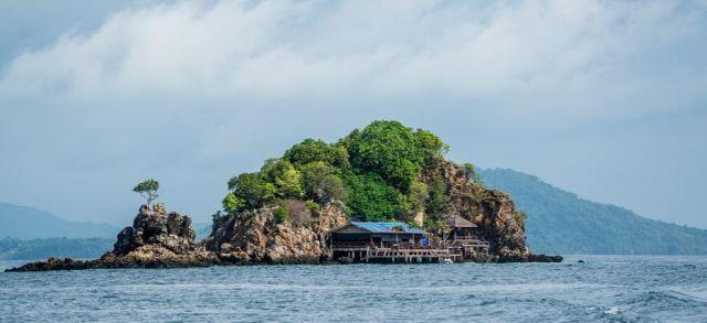 phuket1.jpg (28.82 Kb)