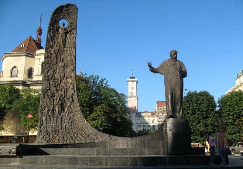shevchenko_lviv.jpg (127.94 Kb)