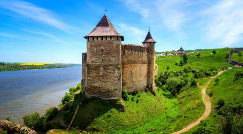 Унікальні туристичні місця України. Частина 1