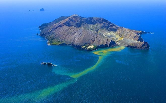 white_island.jpg (66.24 Kb)