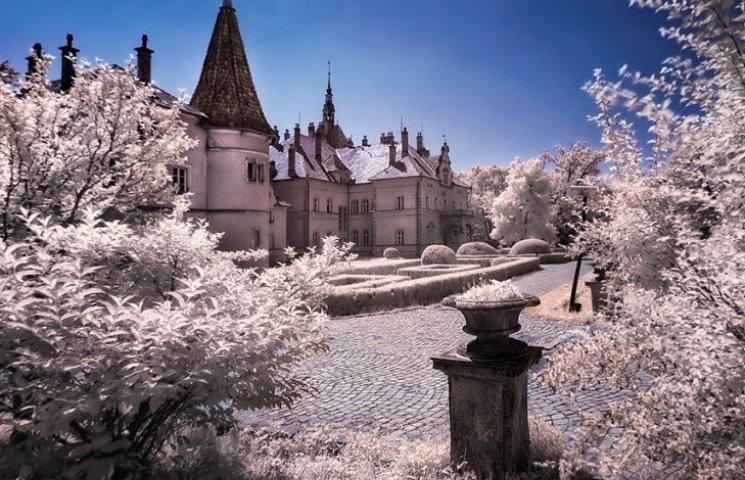 Замок Шенборнів – зимова казка Закарпаття